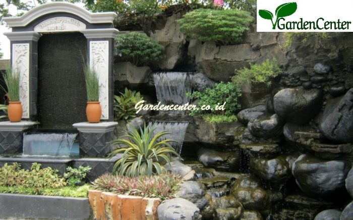 taman relief tebing waterwall