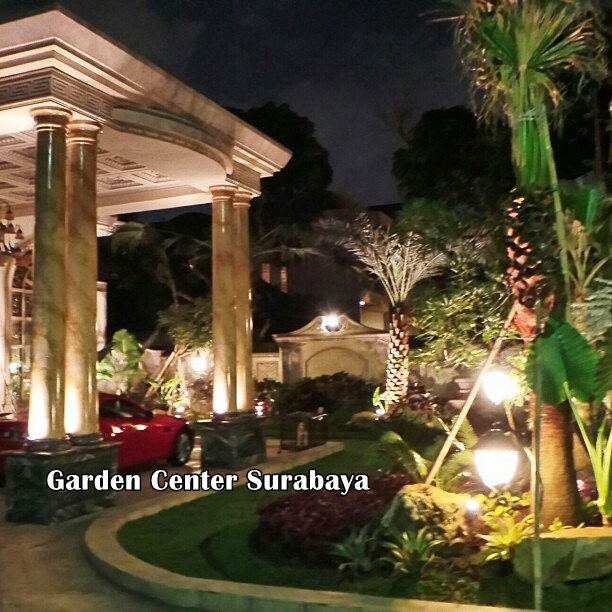 Application of lights in the garden at pakuwon city surabaya for Garden consultant